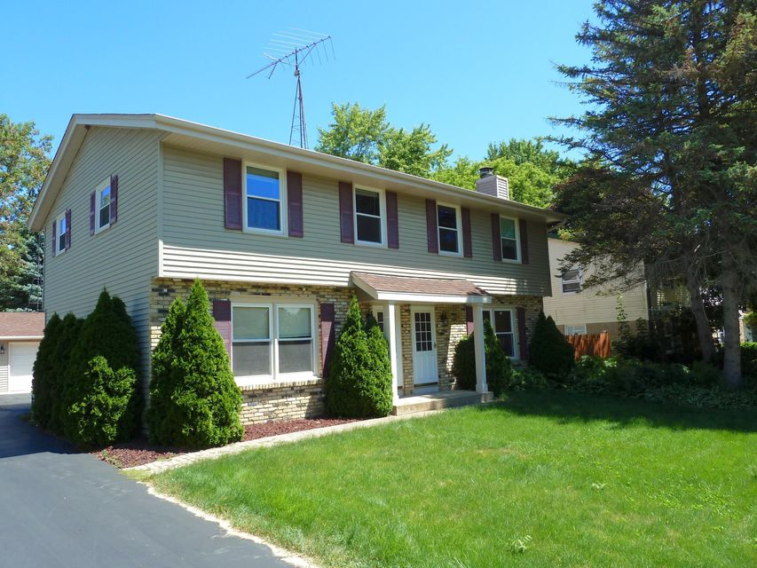 Real Estate Property Listing ID: 1596467
