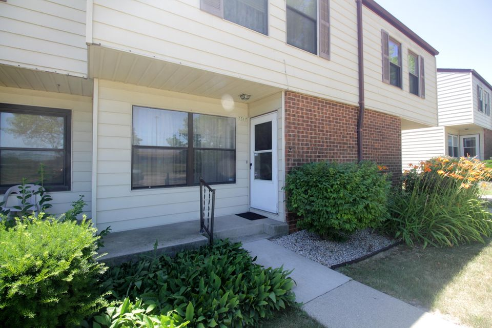 Real Estate Property Listing ID: 1595970
