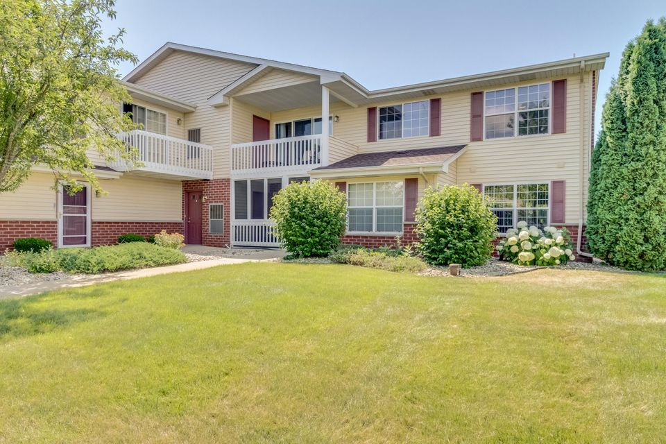 Real Estate Property Listing ID: 1596548