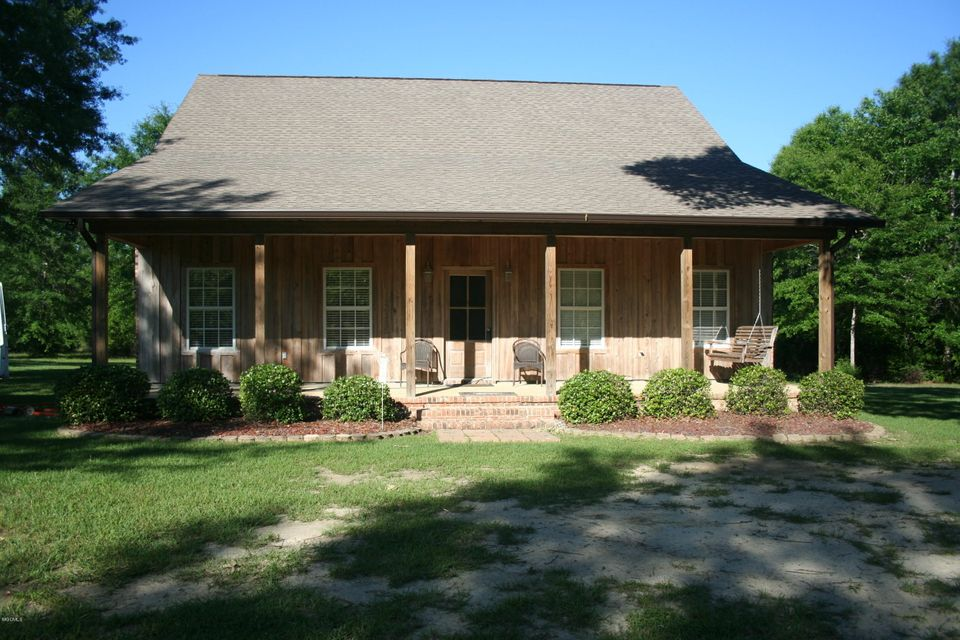 9900 Little Buck Rd, Vancleave, MS 39565