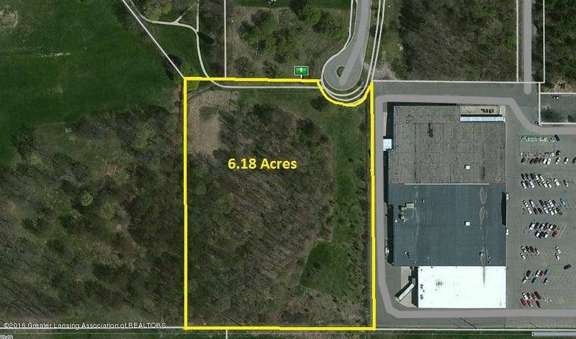 0  Perry Robinson Circle, Lansing, MI 48911