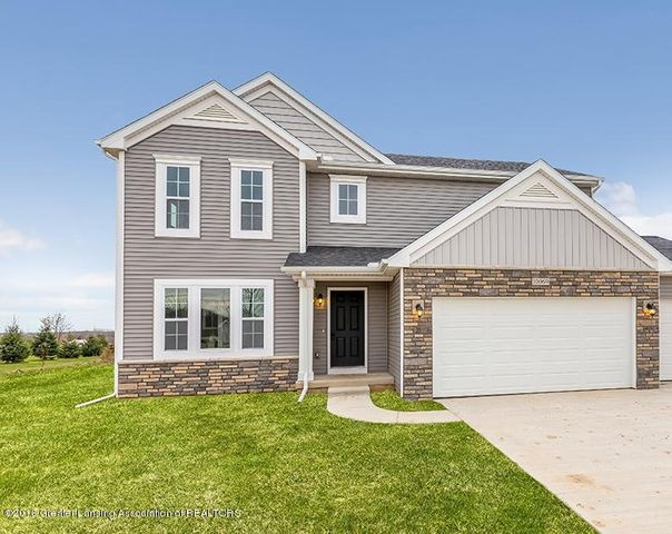 1923  Nightingale Drive, Holt, MI 48842