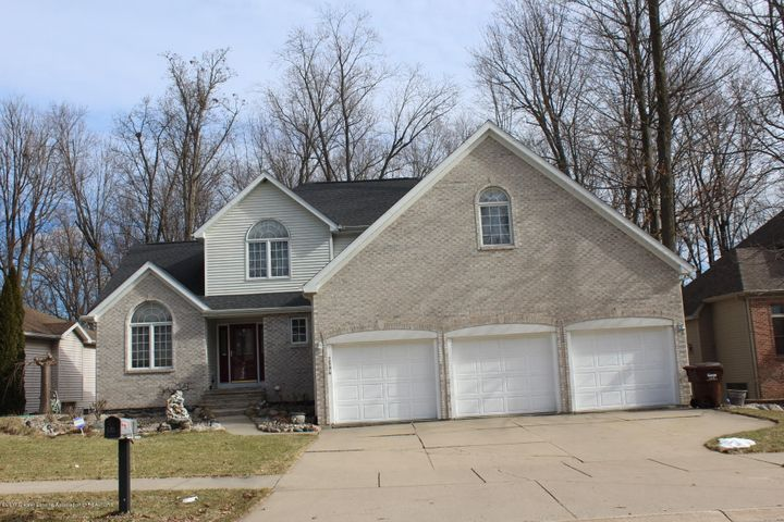 2594  Sanibel Hollow , Holt, MI 48842