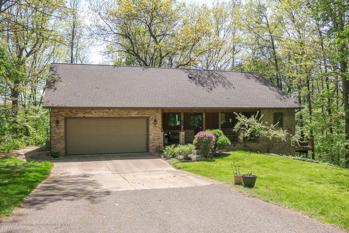 13185  Riverwoods Trail, Grand Ledge, MI 48837