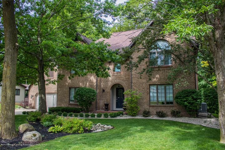 12719  Oneida Woods Trail , Grand Ledge, MI 48837