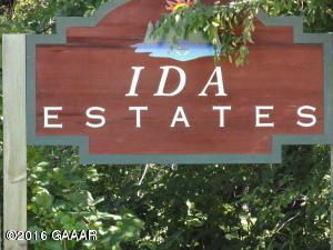 Ida View Dr NW, Alexandria, MN 56308