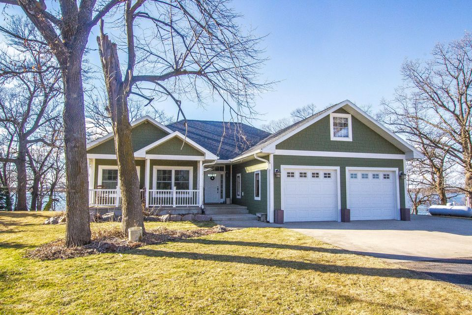 1121 S Maple Lake Road SE, Glenwood, MN 56334