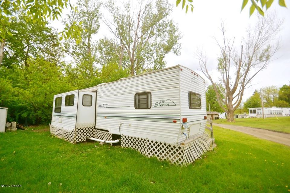 10045 STATE HIGHWAY 27 W 44, Alexandria, MN 56308