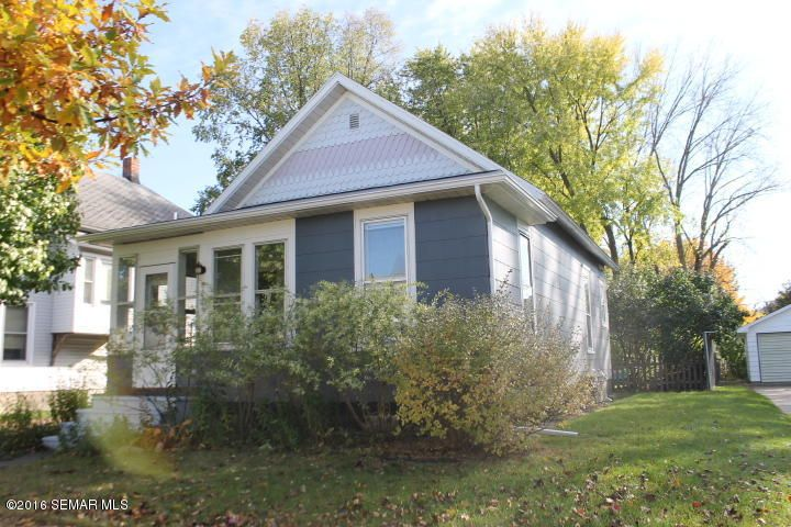 821 6th,Winona,Minnesota 55987,2 Bedrooms Bedrooms,1 BathroomBathrooms,Single family residence,6th,4075355