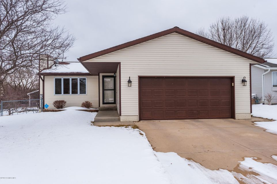 5122  20 1/2 Avenue Lane NW, Rochester in Olmsted County, MN 55901 Home for Sale