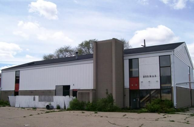 901-903 Pierce Ave., Marinette, WI 54143