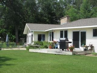 W7746 Fernwood Drive, Menominee, MI 49858