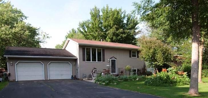 Peshtigo 4 Bdrm/1.5 Bth on tree lined dead end street. Attached garage, double lot w/additional garage, quite neighborhood. Interior features lr and fr, dinette w/patio doors leading to a large deck. Bi level functional floor plan w/two bdrms on each level. Detached garage is 30 x 32 Deck 14 x 22. Motivated seller.
