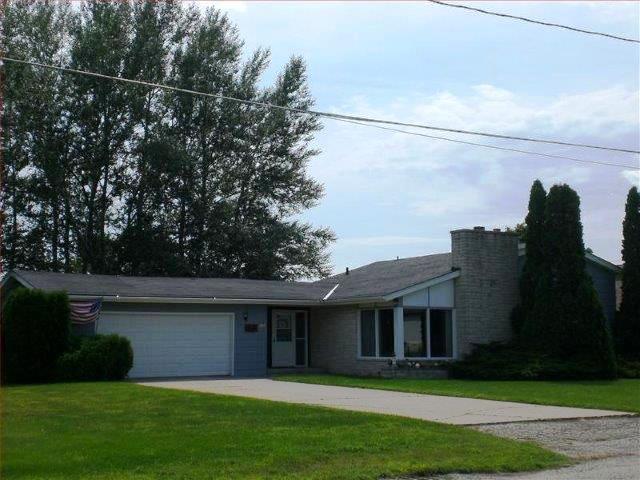 1901 23rd Avenue, Menominee, MI 49858