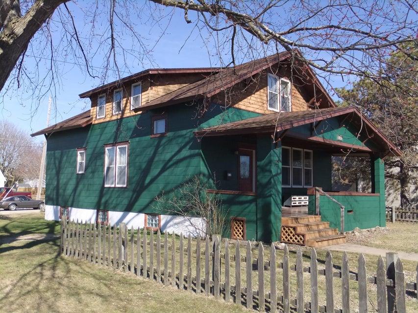 1657 Pierce Avenue, Marinette, WI 54143