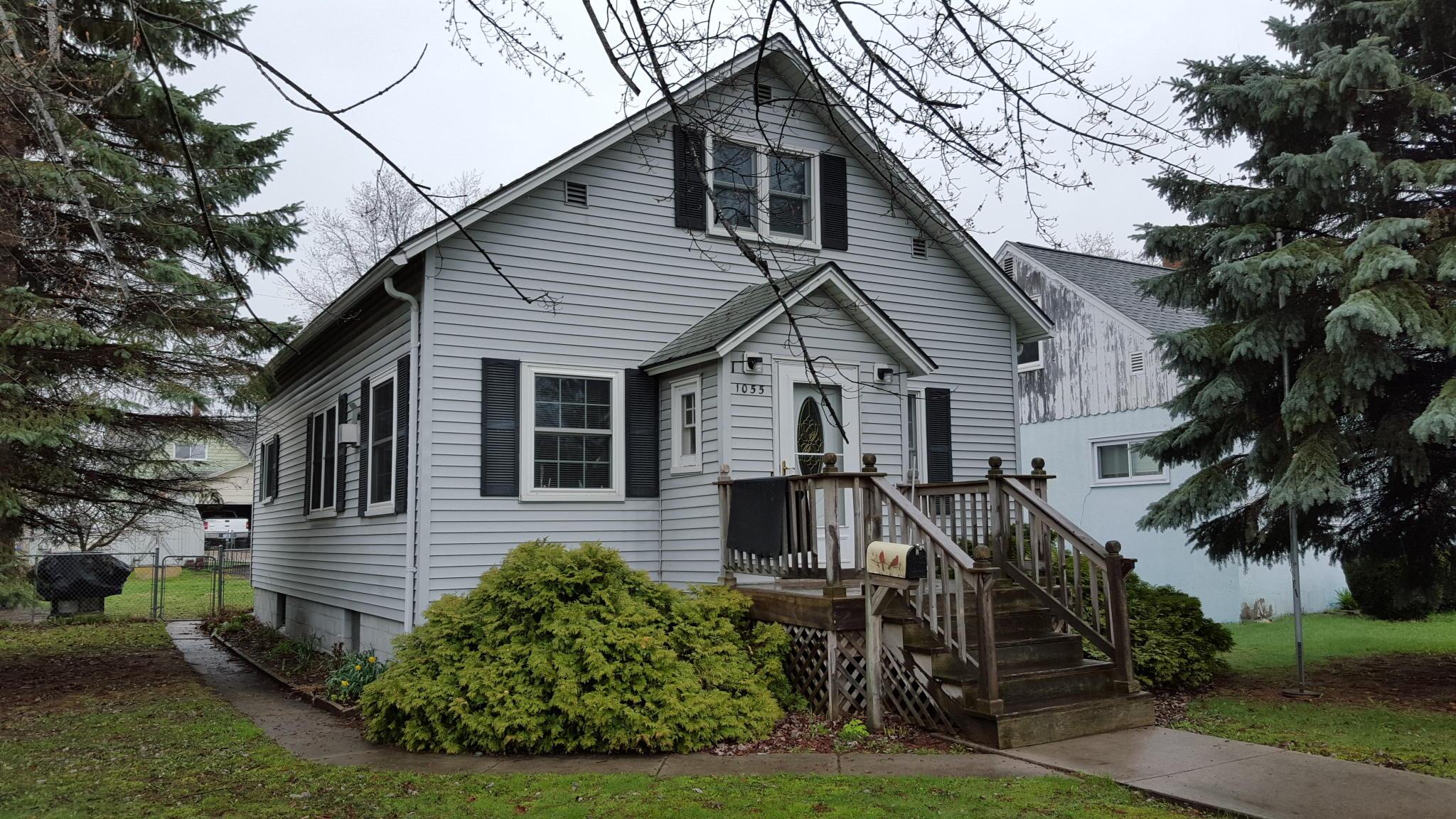 1055 Currie Street, Marinette, WI 54143
