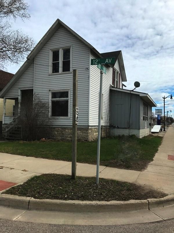1112 10th Street, Menominee, MI 49858