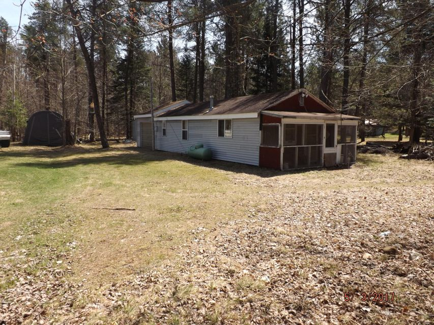 N12984 Tower Road, Silver Cliff, WI 54104