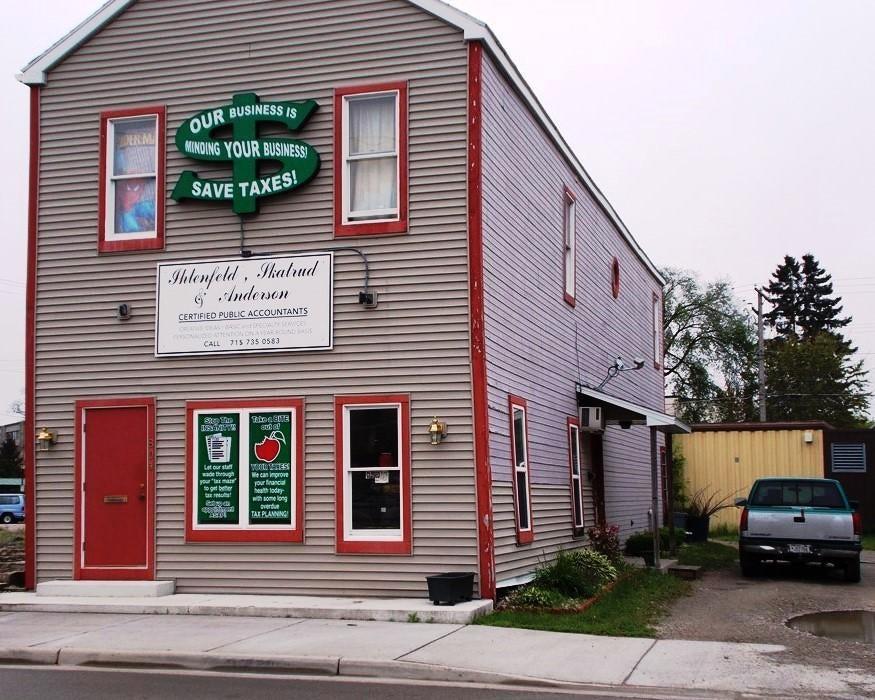 804 Pierce Avenue, Marinette, WI 54143