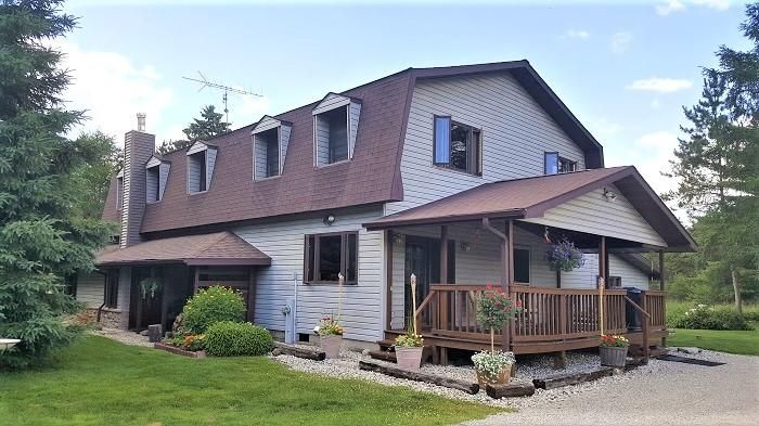W7592 26TH Road, Crivitz, WI 54114