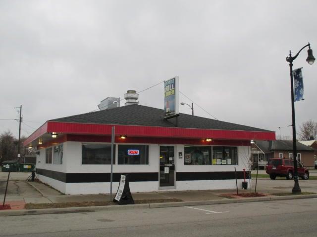 625 10th Avenue, Menominee, MI 49858