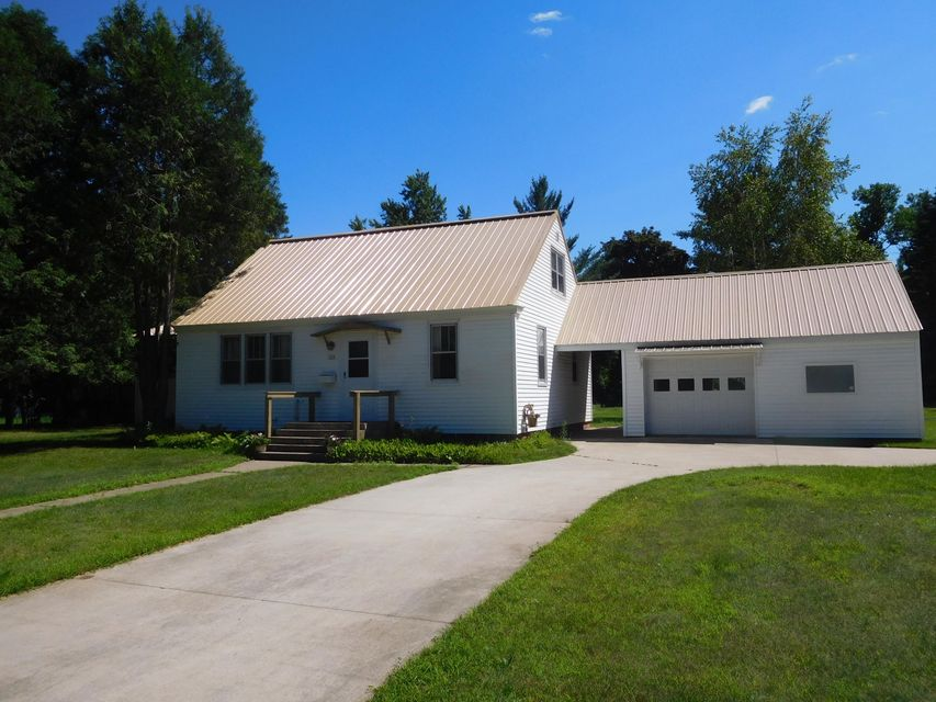 113 13th Avenue, Norway, MI 49870