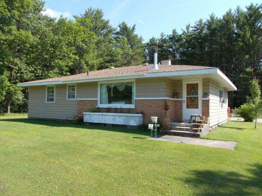 W5189 Birch Creek Road, Menominee, MI 49858