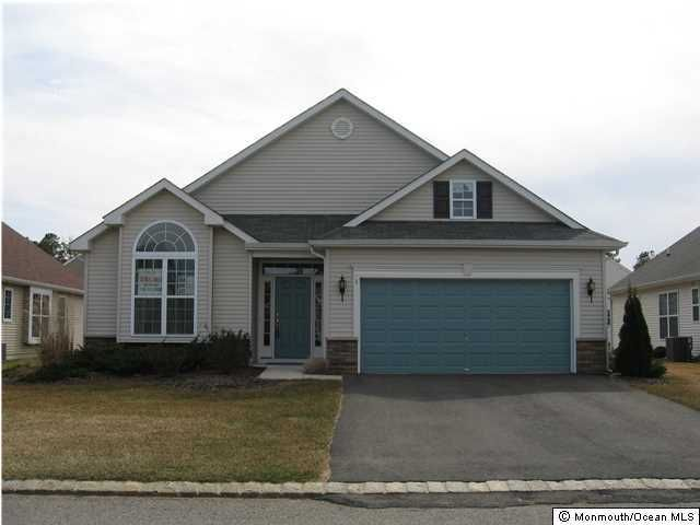 Photo of home for sale at 3 Woodview Drive Drive, Whiting NJ