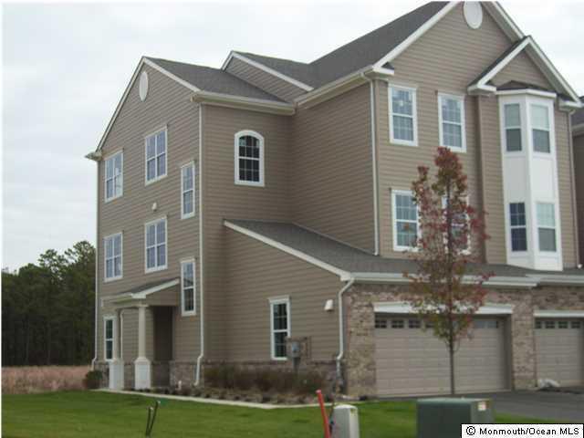 Photo of home for sale at 316 Hawthorne Lane Lane, Barnegat NJ