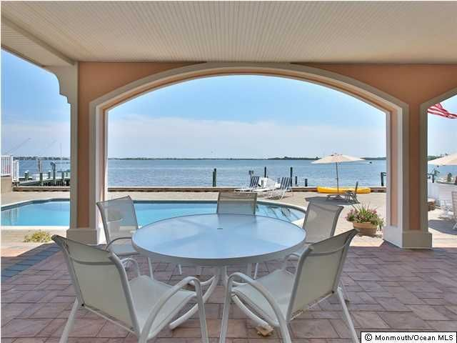 Photo of home for sale at 1856 Boat Point Drive Drive, Point Pleasant NJ