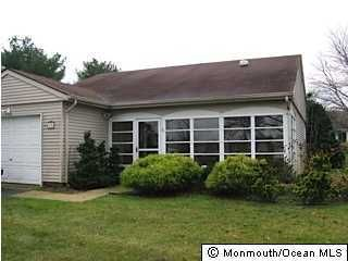 Photo of home for sale at 29 Buckingham Drive Drive, Manchester NJ