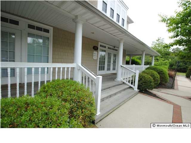 Photo of home for sale at Main Street Street N, Manahawkin NJ