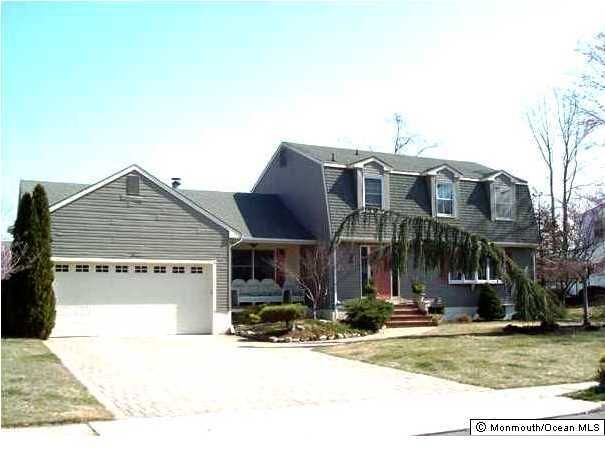 Photo of home for sale at 675 Mccormick Drive Drive, Toms River NJ
