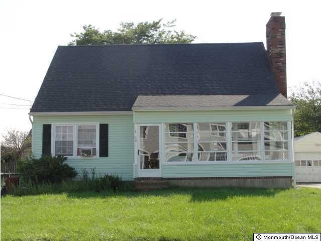 Photo of home for sale at 1810 Shore Boulevard Boulevard, Point Pleasant NJ