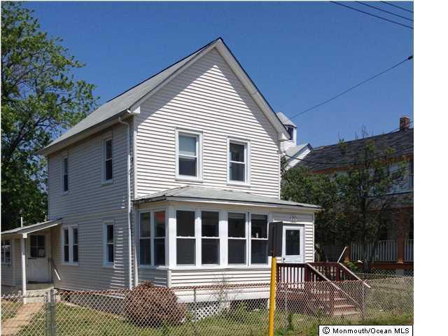 Photo of home for sale at 20 Miller Street Street, Highlands NJ