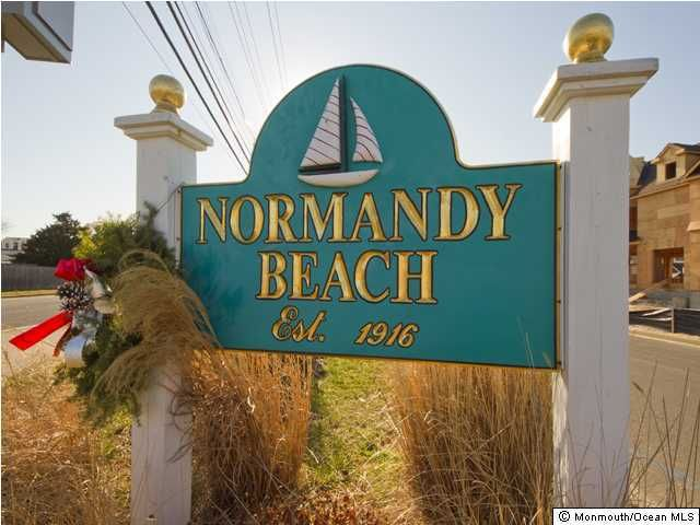 Photo of home for sale at 497 Ellison Drive Drive, Normandy Beach NJ