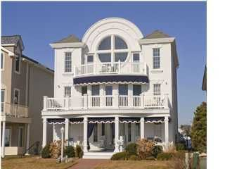 Photo of home for sale at 309 Ocean Avenue Avenue, Belmar NJ