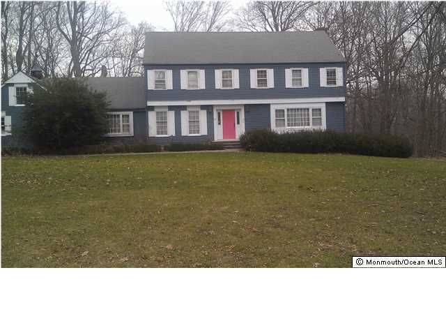 Photo of home for sale at 8 Saddle Ridge Road Road, Colts Neck NJ