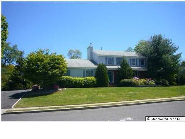 Photo of home for sale at 15 Kastor Lane Lane, West Long Branch NJ