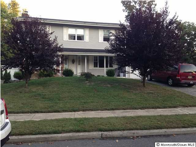 Photo of home for sale at 12 Brookwood Parkway Parkway, Jackson NJ