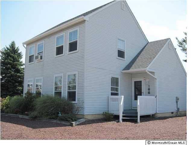 Photo of home for sale at 166 Bruce Drive Drive, Manahawkin NJ