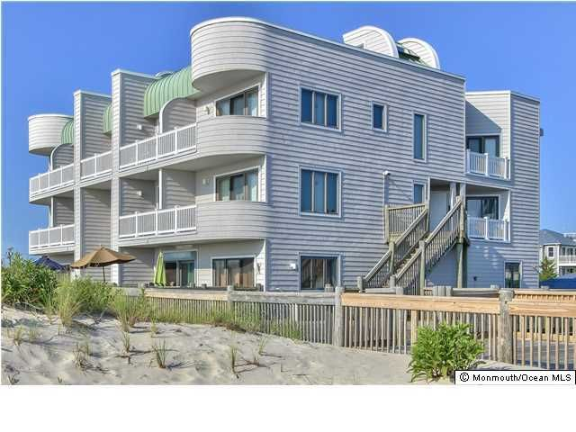 Photo of home for sale at 2200 Ocean Avenue Avenue S, Seaside Park NJ