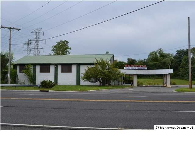 Photo of home for sale at Us Highway 9, Howell NJ