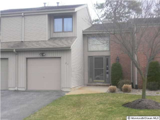 Photo of home for sale at 21 White Swan Way Way, Brick NJ