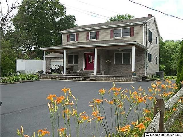 Photo of home for sale at 1829 Englishtown Road Road, Old Bridge NJ