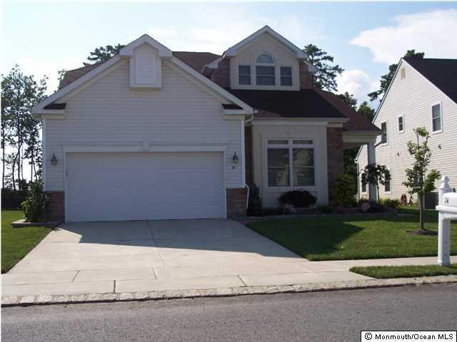 Photo of home for sale at 14 Harvey Cedar Way Way, Waretown NJ