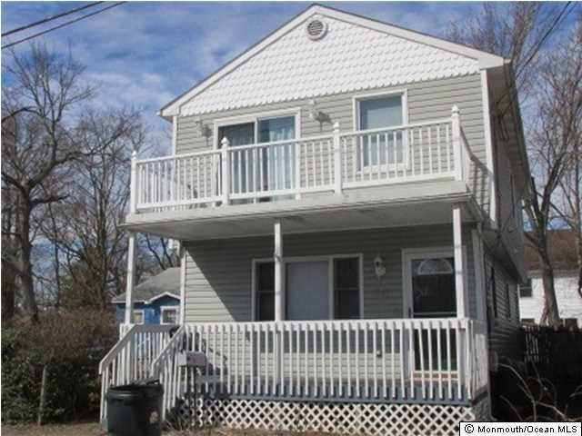Photo of home for sale at 461 Center Avenue Avenue, Middletown NJ
