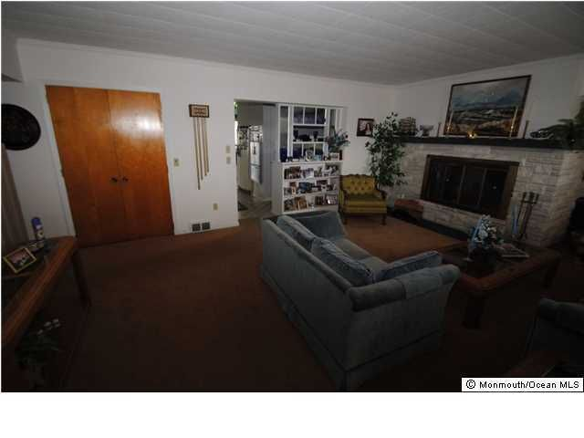 Additional photo for property listing at 14 Point Road  Toms River, Nueva Jersey 08753 Estados Unidos