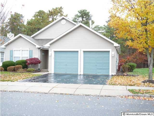 Photo of home for sale at 106 Clear Lake Road Road, Manchester NJ