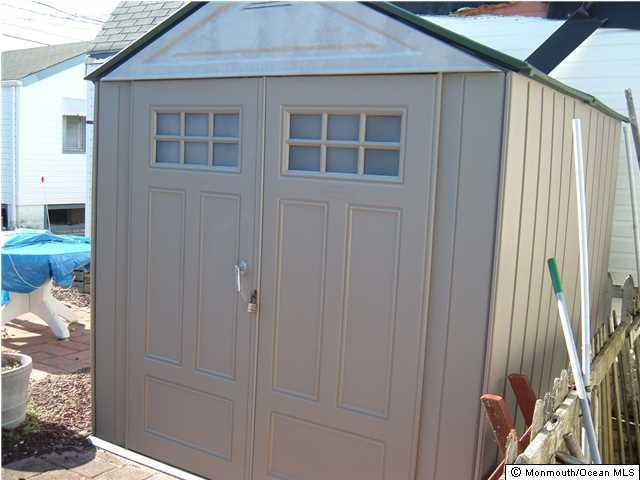 Additional photo for property listing at 65 Shore Villa Road 65 Shore Villa Road South Seaside Park, New Jersey 08752 États-Unis